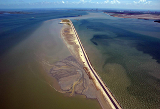 The Texas City Dike